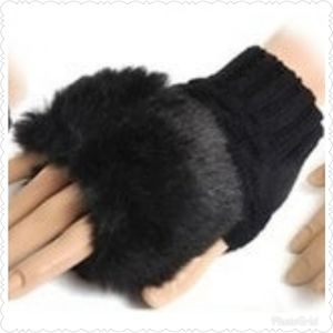 NWOT Women Gloves Arm Warmer Fingerless Gloves